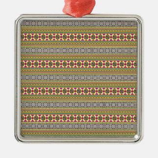 Geometric pattern metal ornament