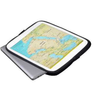 Geopolitical Regional Map of the Middle East Laptop Sleeve