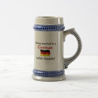 German Builds Character 18 Oz Beer Stein