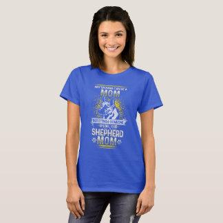 German Shepard Mom Dog Lover Design T-Shirt
