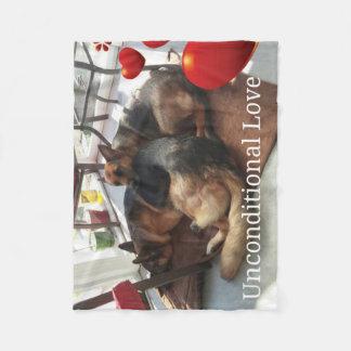 """German Shepherd """"Unconditional Love"""" Fleece Blanket"""