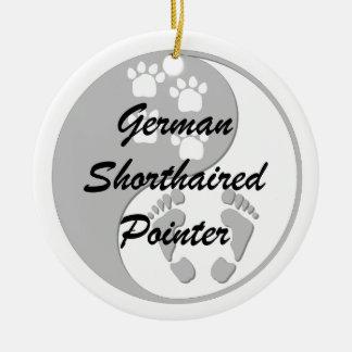 german shorthaired pointer round ceramic ornament