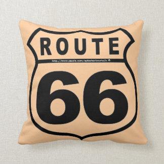 """""""Get your kicks @ RT 66!"""" Throw Pillow"""