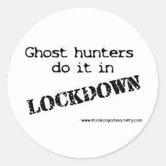 Ghost hunters lockdown classic round sticker