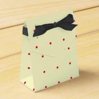 Gift Bag Cream with Red Dots and Black Ribbon Wedding Favor Boxes