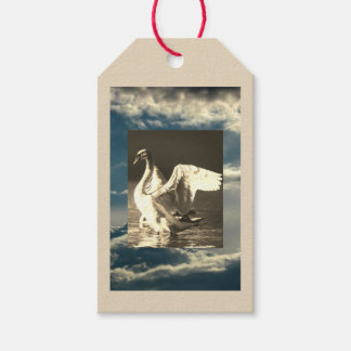 GIFT TAG SWAN AND CLOUDS