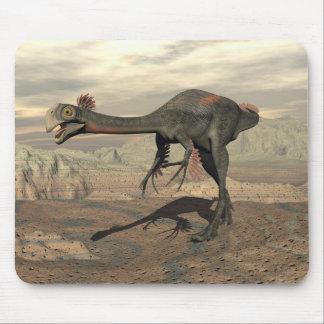 Gigantoraptor dinosaur in the desert - 3D render Mouse Pad