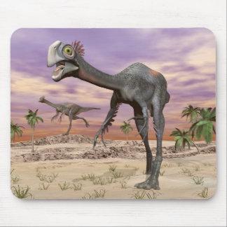 Gigantoraptor dinosaurs in the desert - 3D render Mouse Pad