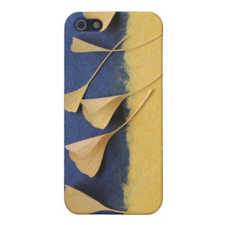 ginkgo leaves on handmade paper iphone4 case iPhone 5 cover