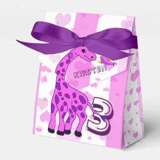Giraffe illustration in pink color favor box