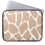 Giraffe Print Pattern in Beige. Laptop Computer Sleeve