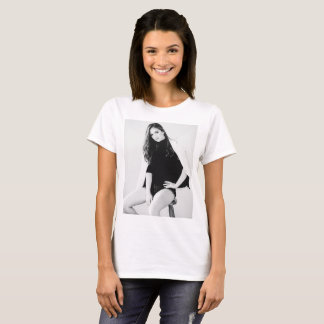 Girl in Studio print T-Shirt