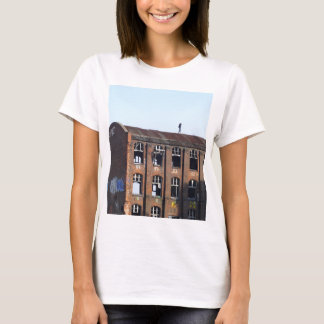 Girl on the Roof - Lost Places T-Shirt