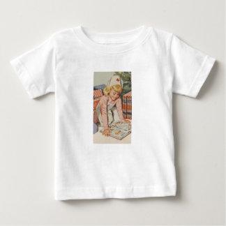 Girl playing Nurse - Retro Baby T-Shirt