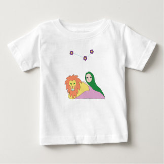 Girl with Lion T-Shirt for Babies