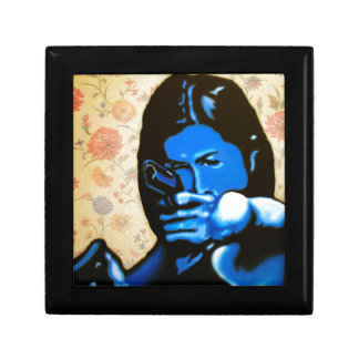 """""""Girl with Two Guns"""" by Axel Bottenberg Gift Box"""