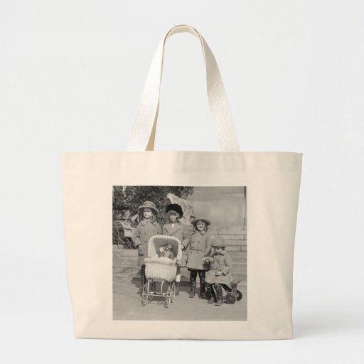 Girls Day Out, 1922 Canvas Bags