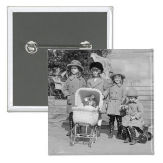 Girls Day Out 1922 Pin