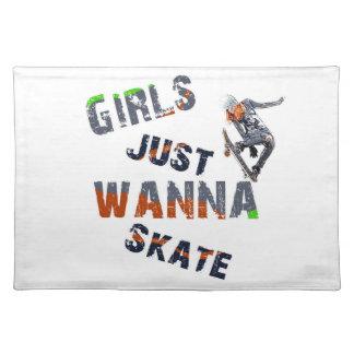 Girls just wanna skate placemat