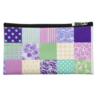 Girly and Fresh Pattern Squares Vector Quilt Makeup Bag