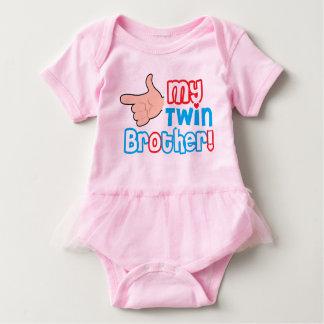 girly design for new born baby bodysuit