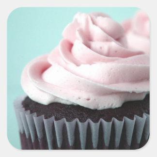 Givrage de vanille de rose de petit gâteau de sticker carré