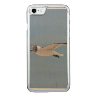 Gliding Laughing Gull Carved iPhone 7 Case