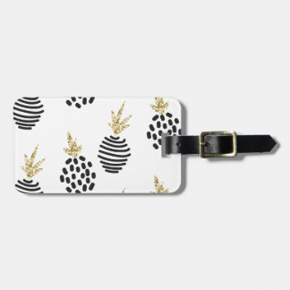 Glitter and black abstract pineapples. luggage tag