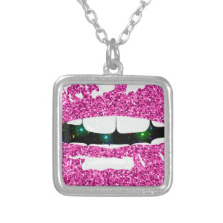 GLITTERY KISS SILVER PLATED NECKLACE