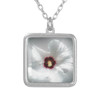 glowing white petals silver plated necklace