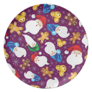 Gnomes and gingerbread men in snowflakes plate