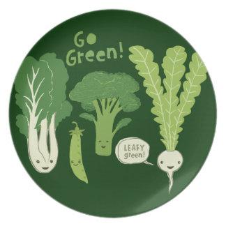 Go Green! (Leafy Green!) Happy Garden Veggies Plates