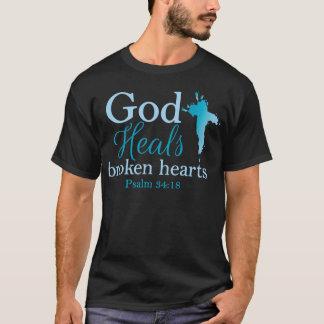 God Heals broken hearts Psalm 34:18 T-Shirt