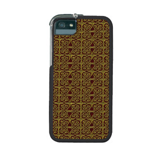 Gold And Red Connected Ovals Celtic Pattern iPhone 5 Cover