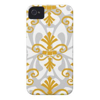 Gold Fleur de Lis iPhone 4 Covers