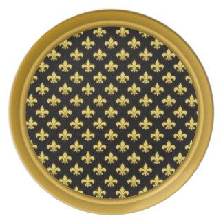 Gold Fleur De Lis Pattern | New Orleans Mardi Gras Dinner Plates