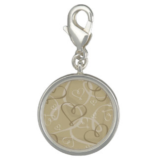 Gold heart pattern charm