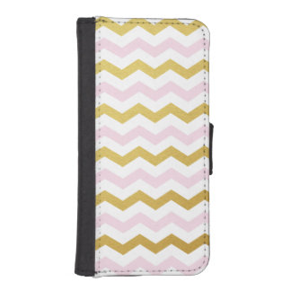 Gold & Pink Chevron Pattern iPhone Wallet Case iPhone 5 Wallet