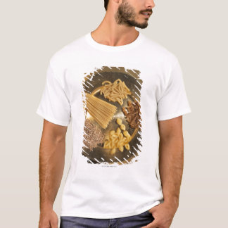 Gold Plate with pasta and grains of wheat T-Shirt