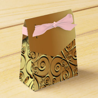 Gold plated texture and gold butterfly pattern pik favor box