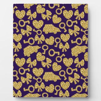 gold seamless pattern 3 .1 plaque