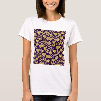 gold seamless pattern 3 .1 T-Shirt