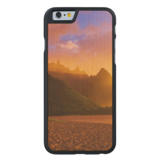 Golden beach sunset, Hawaii Carved Maple iPhone 6 Case