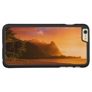Golden beach sunset, Hawaii Carved Maple iPhone 6 Plus Case