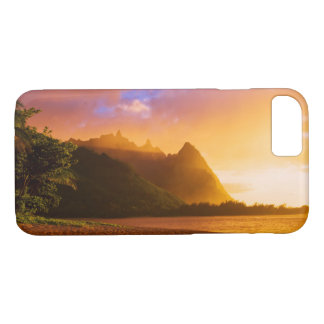 Golden beach sunset, Hawaii iPhone 8/7 Case