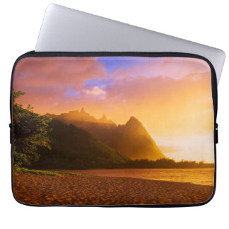 Golden beach sunset, Hawaii Laptop Sleeve