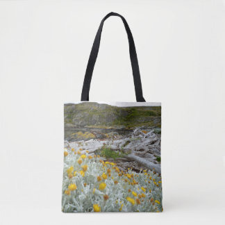 Golden blooms of cold tote bag