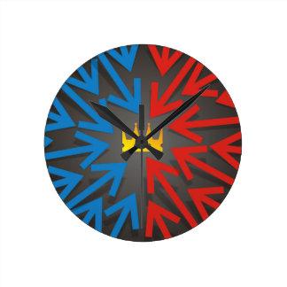 Golden crown round clock