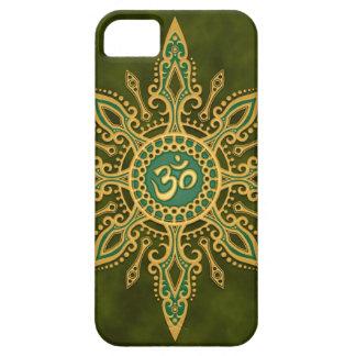 Golden Green Aum Star iPhone 5 Cover