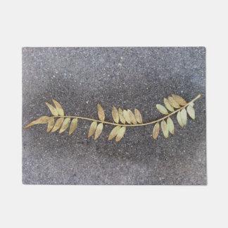 golden leaf doormat